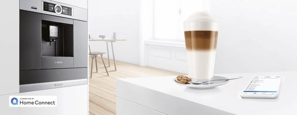 Bosch Home Connect inteligenty ekspres do zabudowy