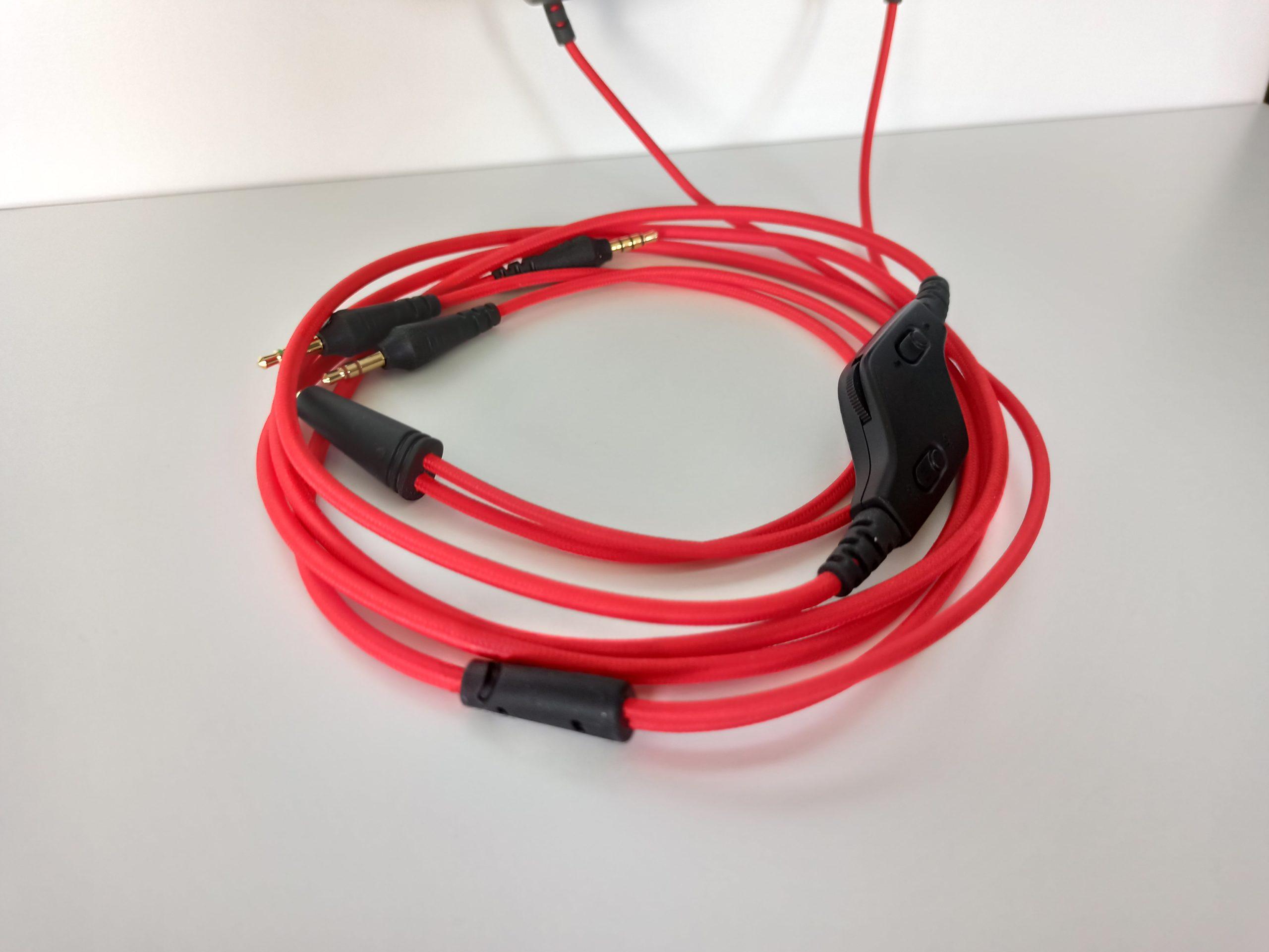 kabel w SoundCoreStrike 1