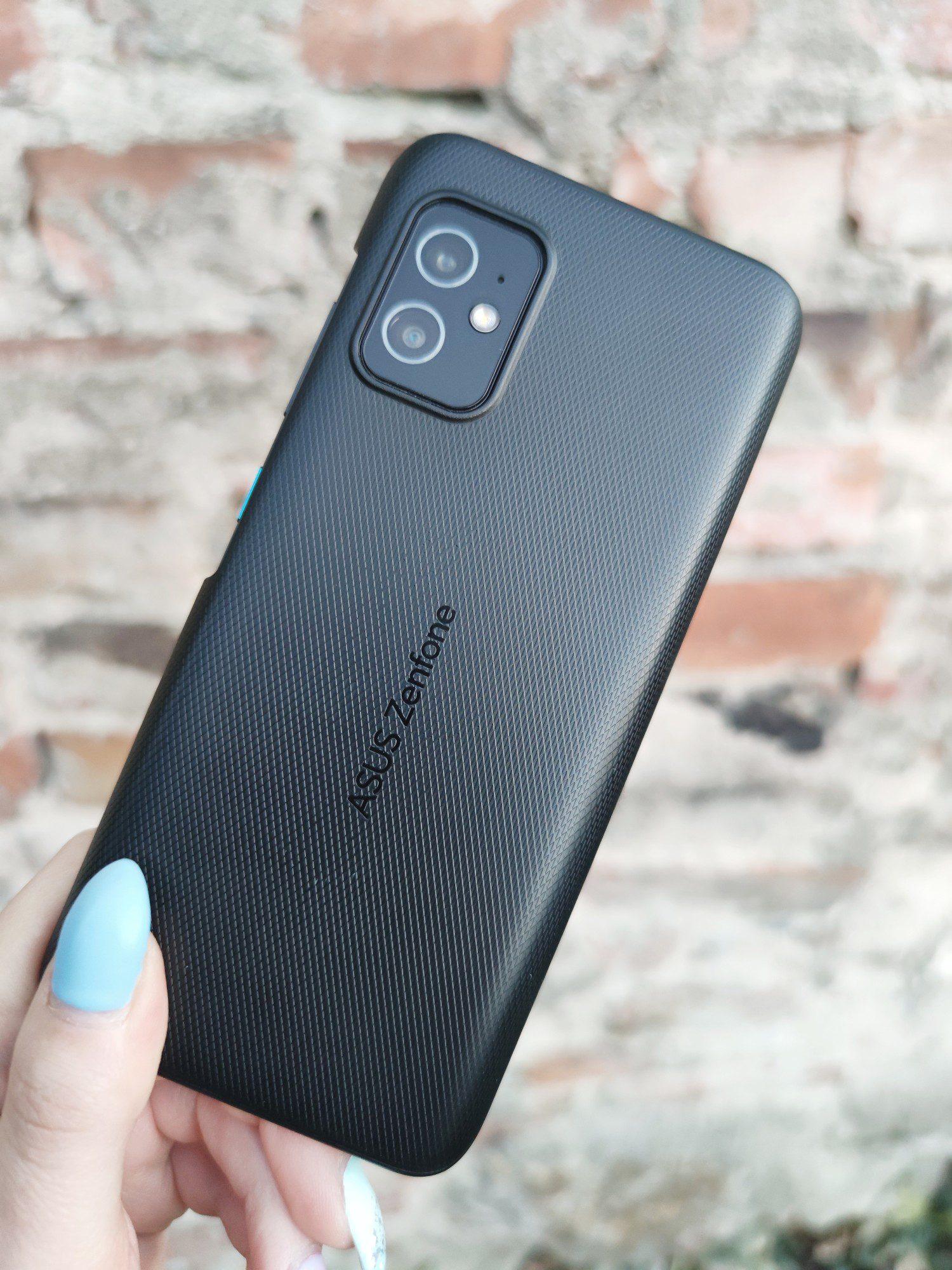 kompaktowy smartfon asus zenfone 8