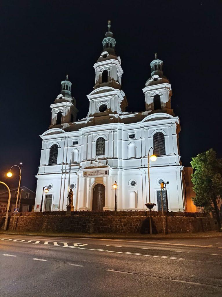 kościół w trybie nocnym Redmi Note 10 5G