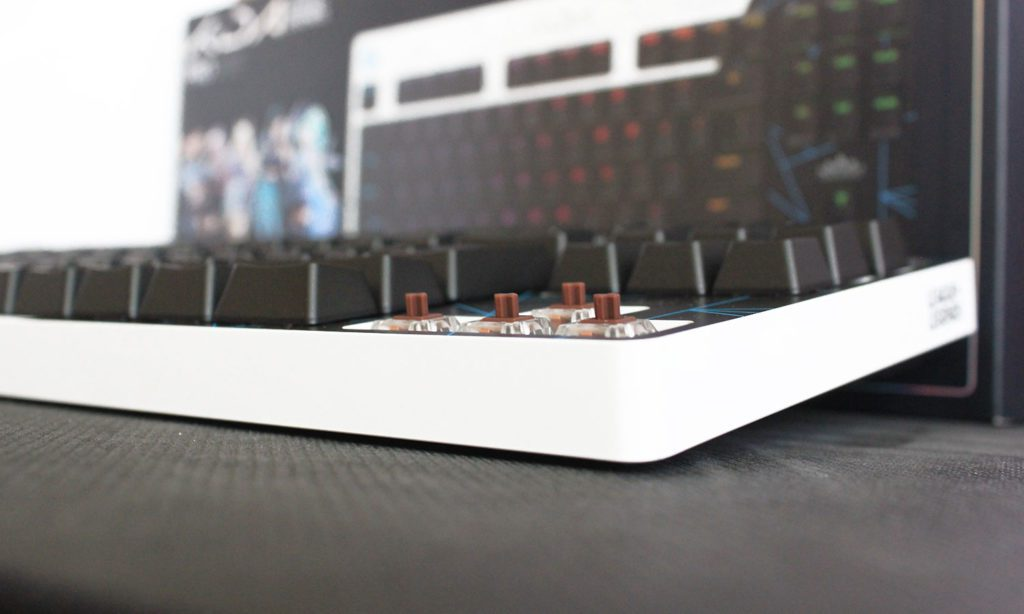przełączniki gx brown w klawiaturze dla graczy logitech g pro k/da