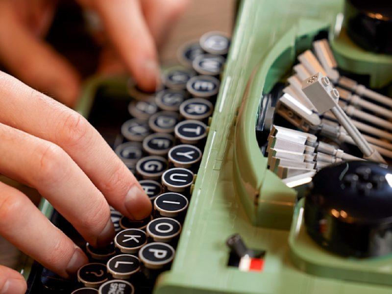 LEGO wprowadza do oferty maszynę do pisania. Poznaj jej potencjał, cenę i przewidywaną dostępność