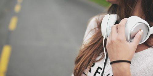 Najlepsze aplikacje do rozpoznawania muzyki. Jak znaleźć piosenkę po melodii?