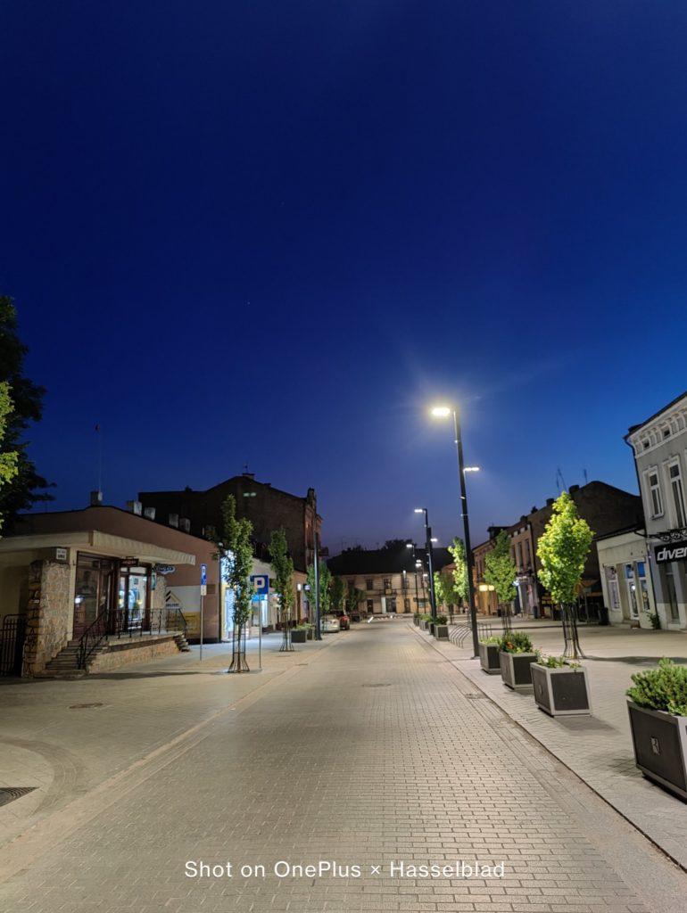 ulica Tryb nocny w OnePlus 9 Pro