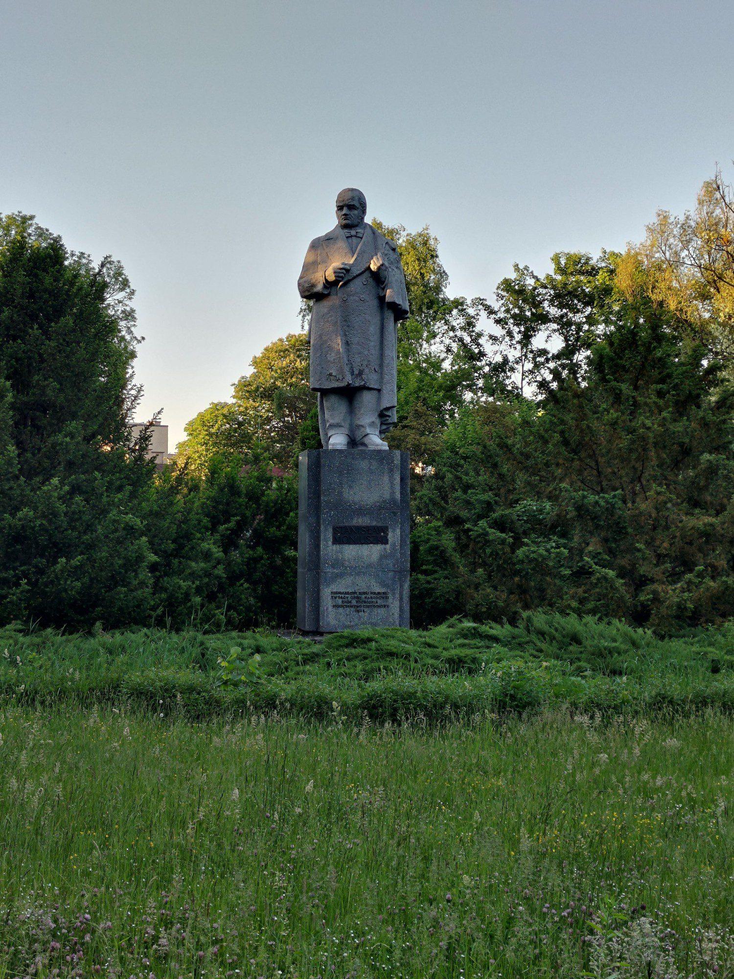 Pomnik w przybliżeniu x2