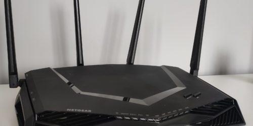 Router dla graczy o niemal nieograniczonych możliwościach. Test i recenzja Netgear Nighthawk XR500