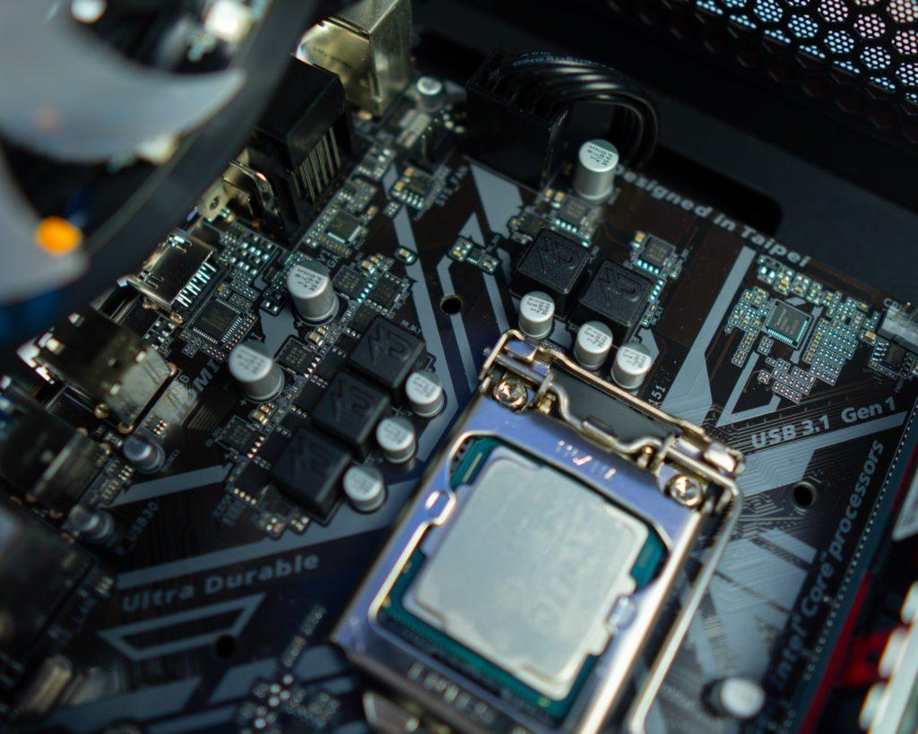 słaba sekcja zasilania gigabyte 4+1