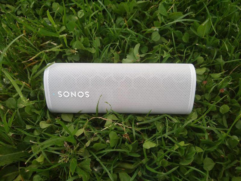 Bumboks dla włóczykija. Test i recenzja głośnika Sonos Roam