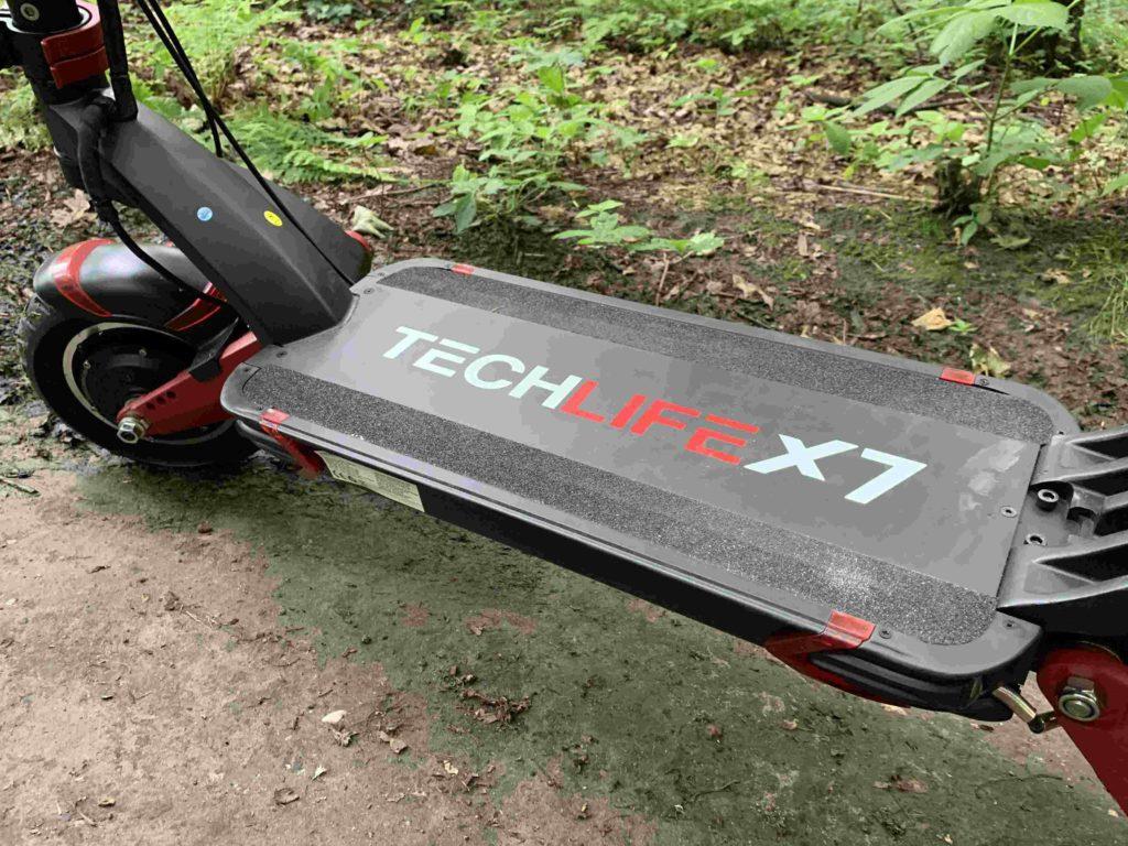Techlife X7 podest