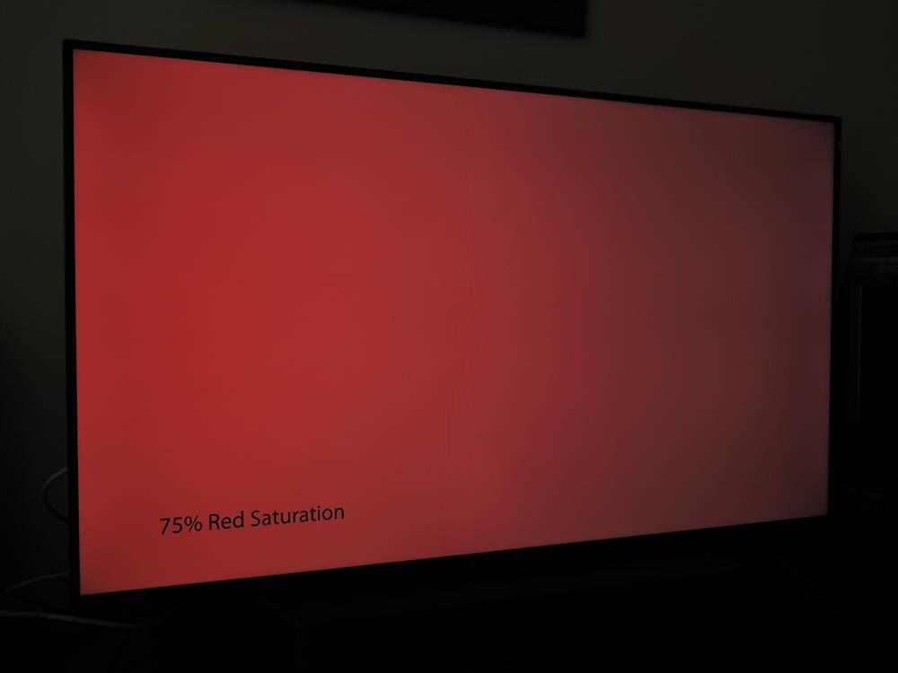 plansza czerwieni nasyconej w 75% widziana pod kątem xiaomi mi led tv p1 55