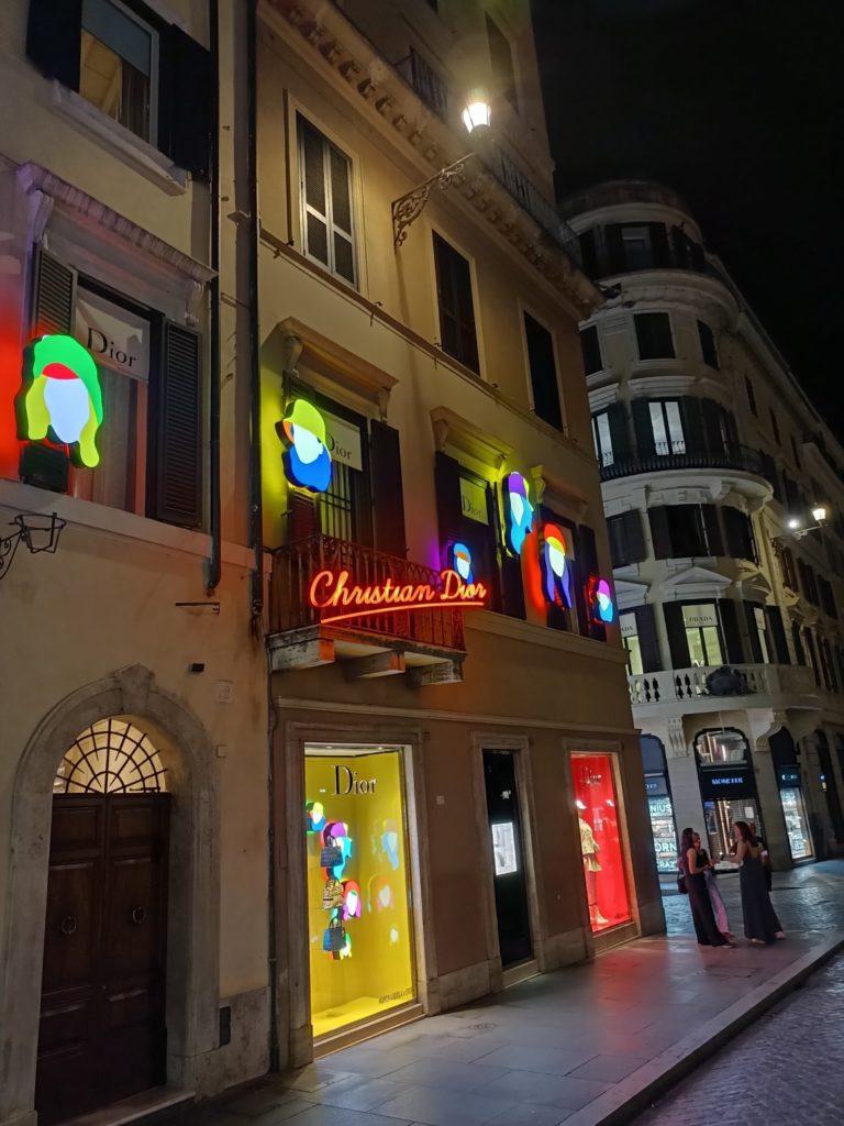 neony w trybie nocnym realme narzo 30 5G
