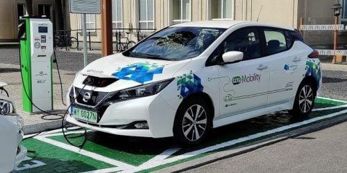 PKP uruchamia carsharing. Wynajmij samochód elektryczny od polskiego przewoźnika