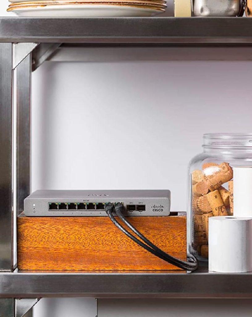Switch Cisco Meraki Go w pracy