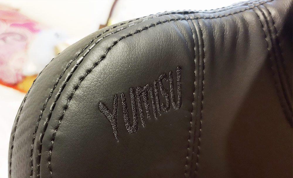 szwy na oparciu fotela yumisu 2052