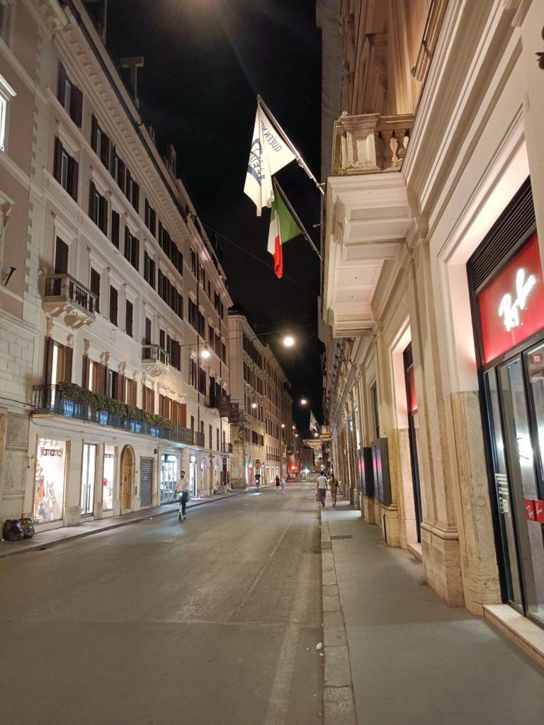ulica w trybie nocnym realme narzo 30 5G