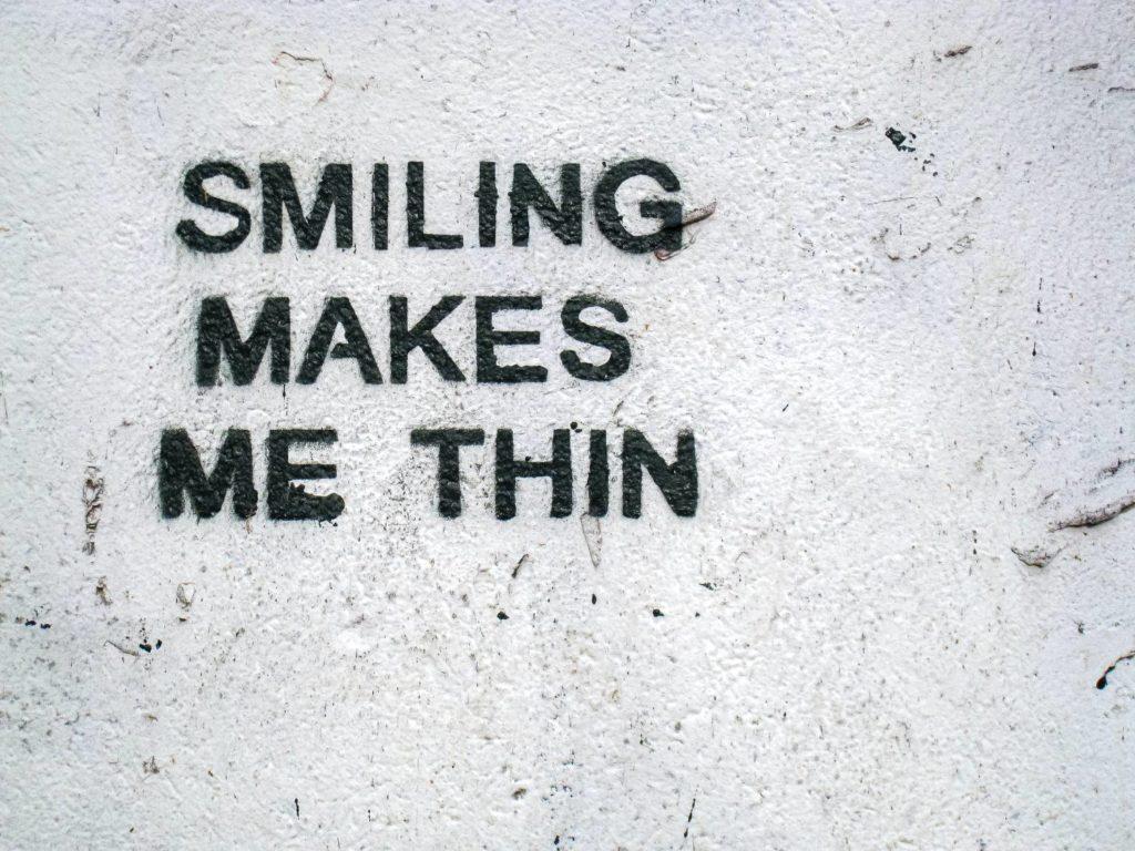 tekst o uśmiechu