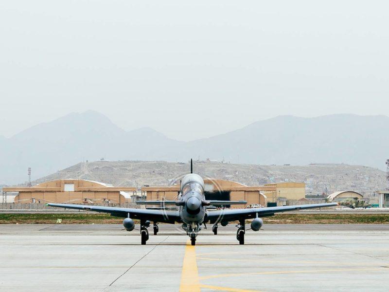 Samoloty produkcji amerykańskiej w rękach Talibów. Co to oznacza?