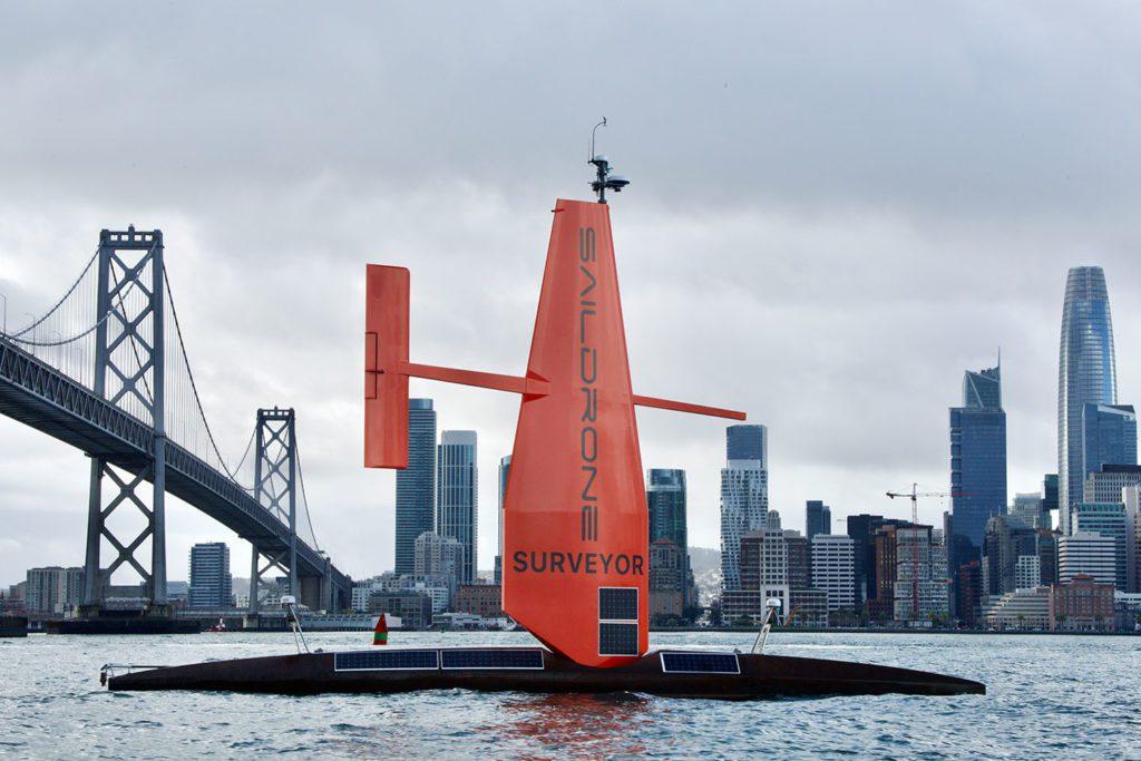 Saildrone Surveyor dron żaglowy