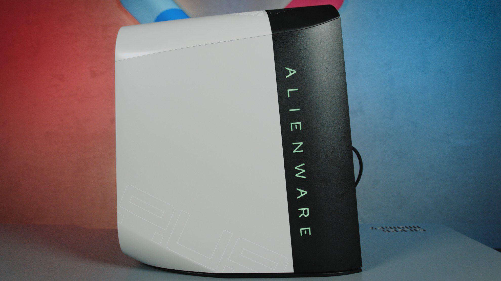 Alienware Aurora R10 podświetlenie
