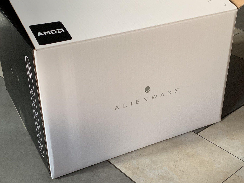DELL Alienware R10 karton