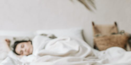 Pod namiot i do domu – wielofunkcyjny materac dmuchany. Niech żyje komfort i wygoda