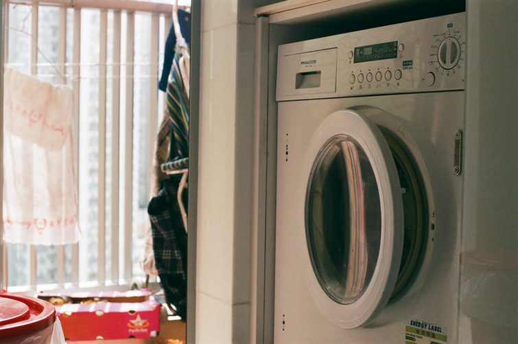 Jaką pralkę wybrać? Doradzamy, na co zwrócić uwagę podczas zakupu