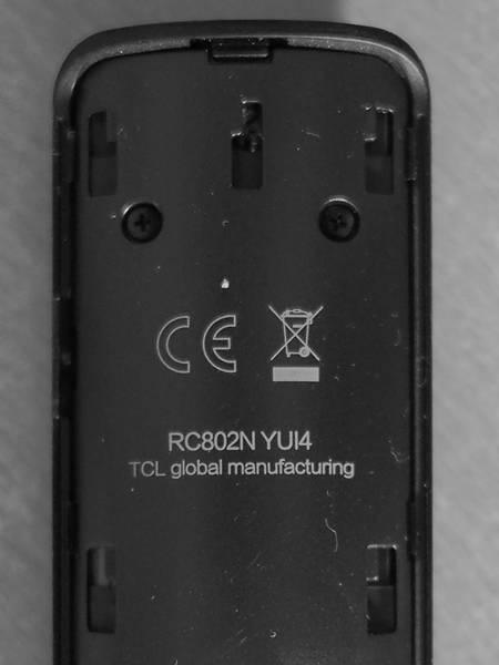 tył pilota telewizora TCL 65P815
