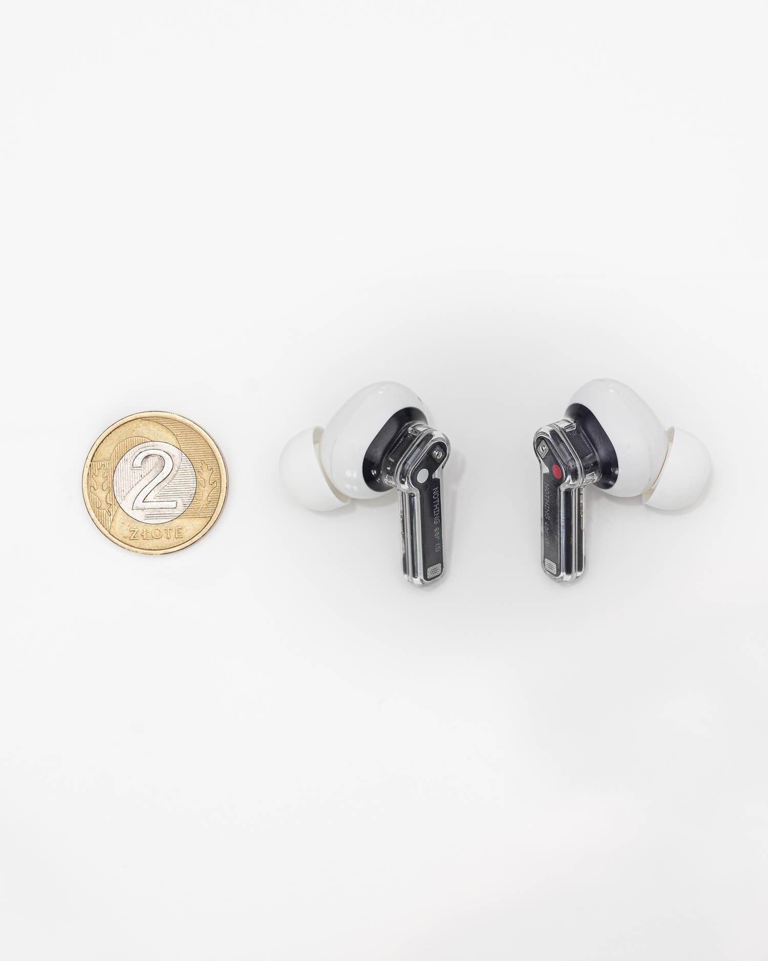 Rozmiar słuchawek nothing ear (1)