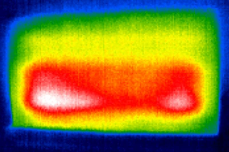 podświetlenie telewizora tcl 65p815 (zdjęcie z kamery termowizyjnej)