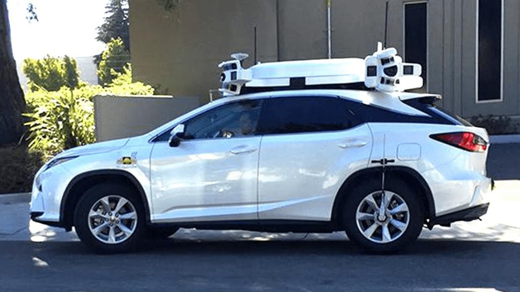 Apple Car test kolizja