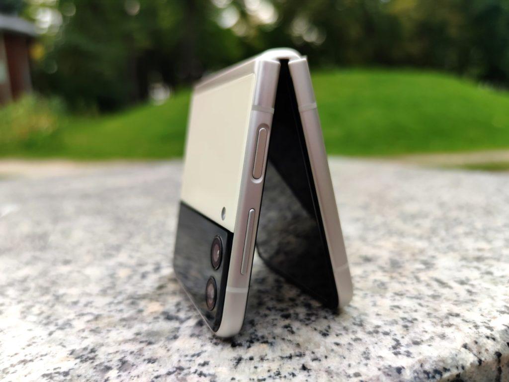 składany smartfon samsunga