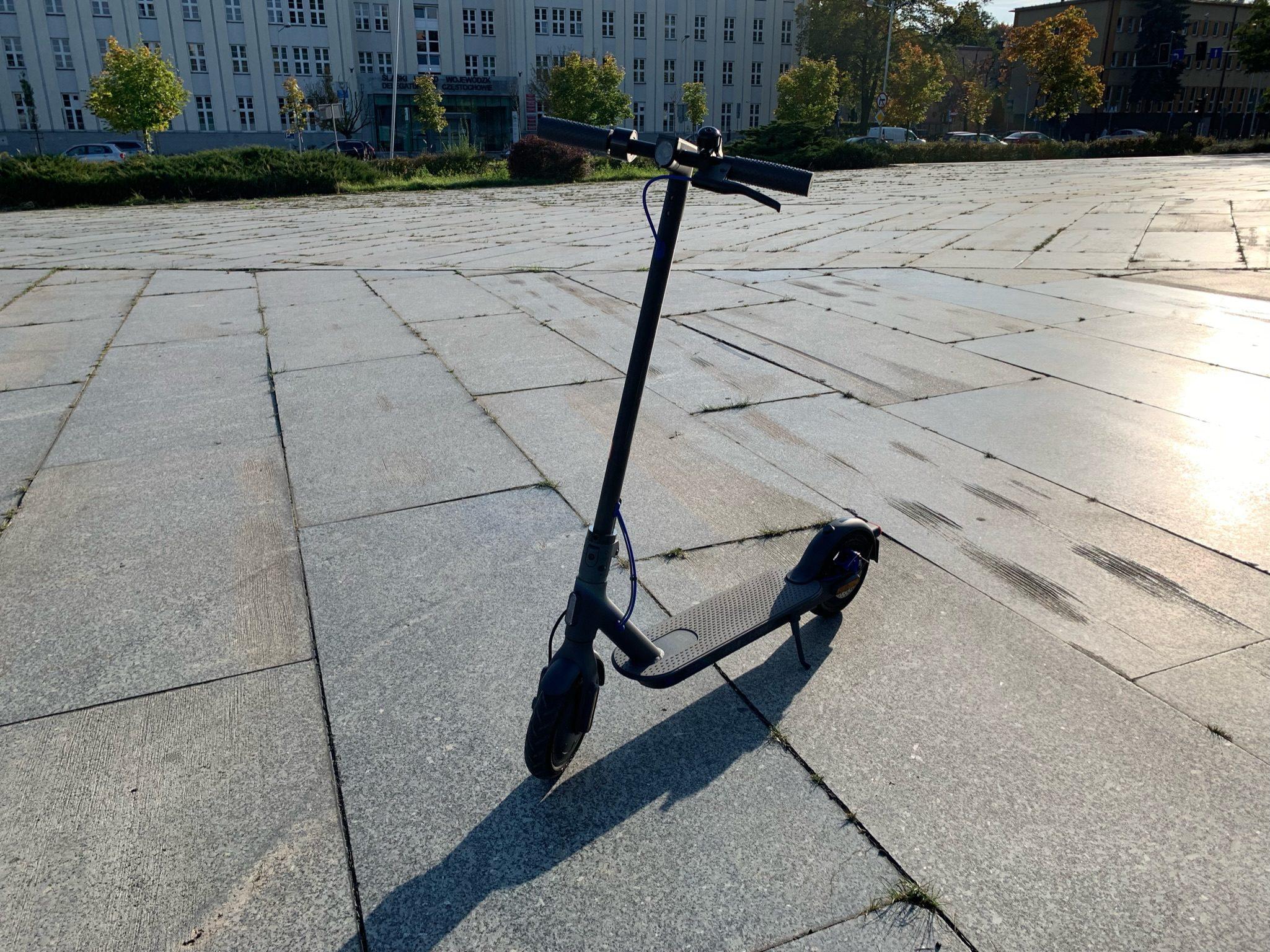 Hulajnoga Xiaomi Mi Scooter 3
