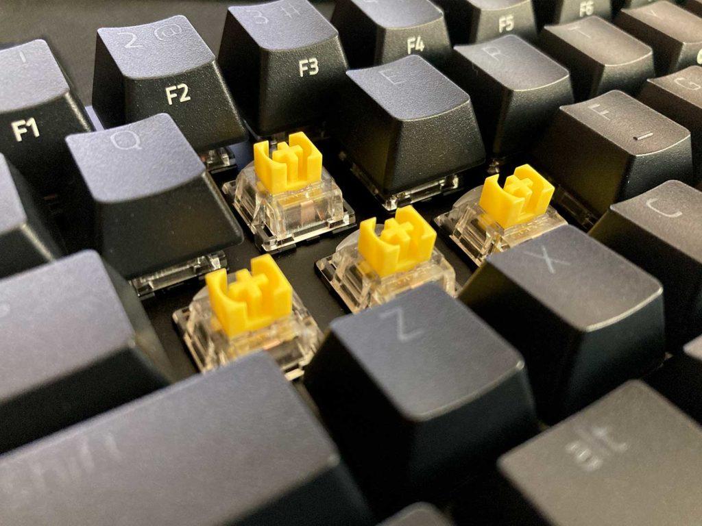 przełączniki razer yellow w klawiaturze razer blackwidow v3 mini yellow switch
