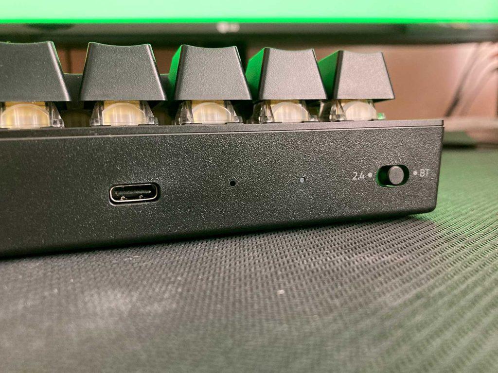 klawiatura razer blackwidow v3 mini yellow switch tryb bezprzewodowy i wejście usb-c