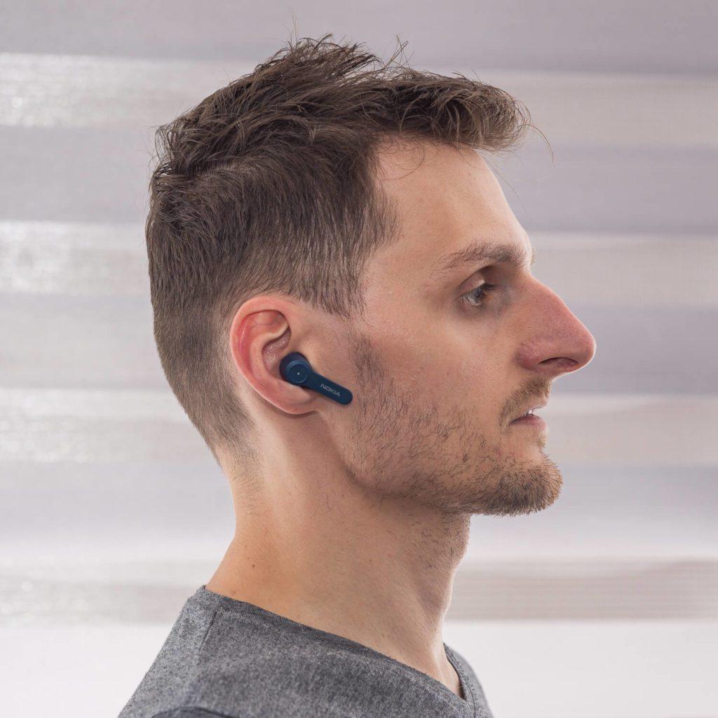 Słuchawki w uszach profil Nokia Noise Cancelling Earbuds BH-805