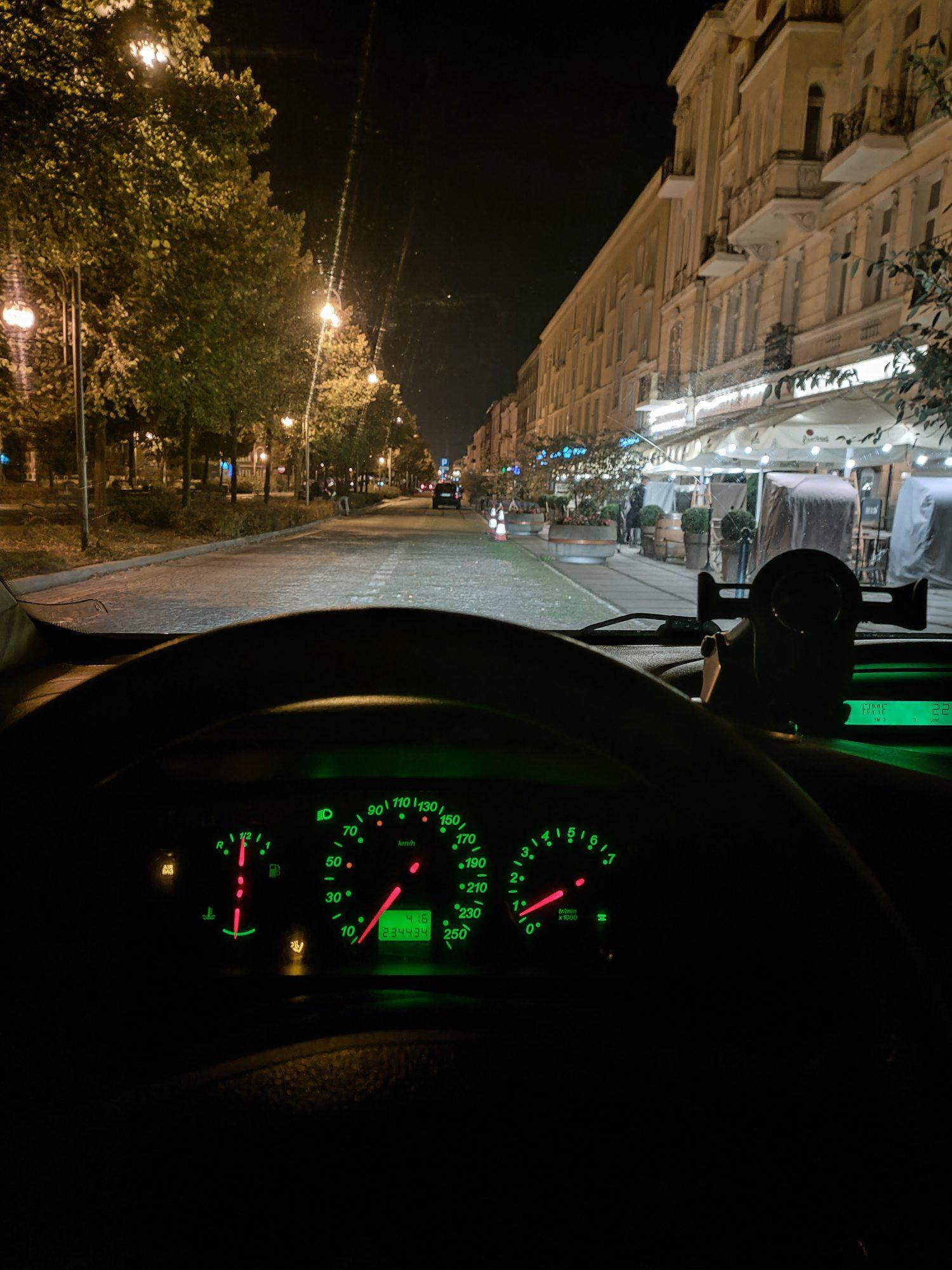 realme gt me noc samochódw