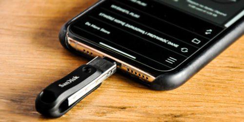 Apple iPhone, iPad i kopia zapasowa danych — recenzja SanDisk iXpand Go. Czy warto go kupić?