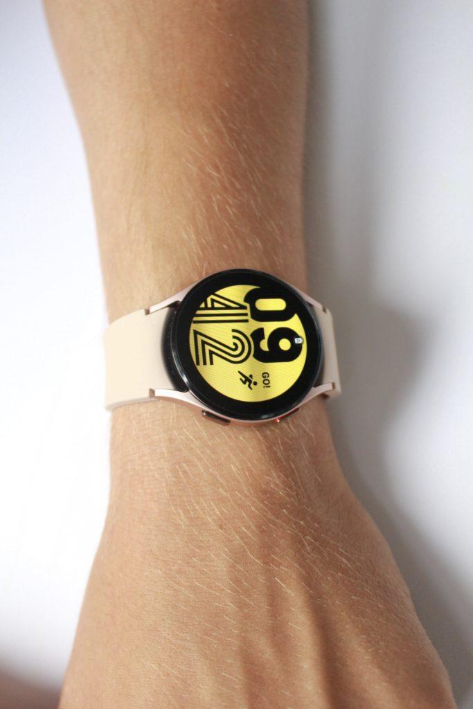 Galaxy Watch 4 tarcza na wymiar