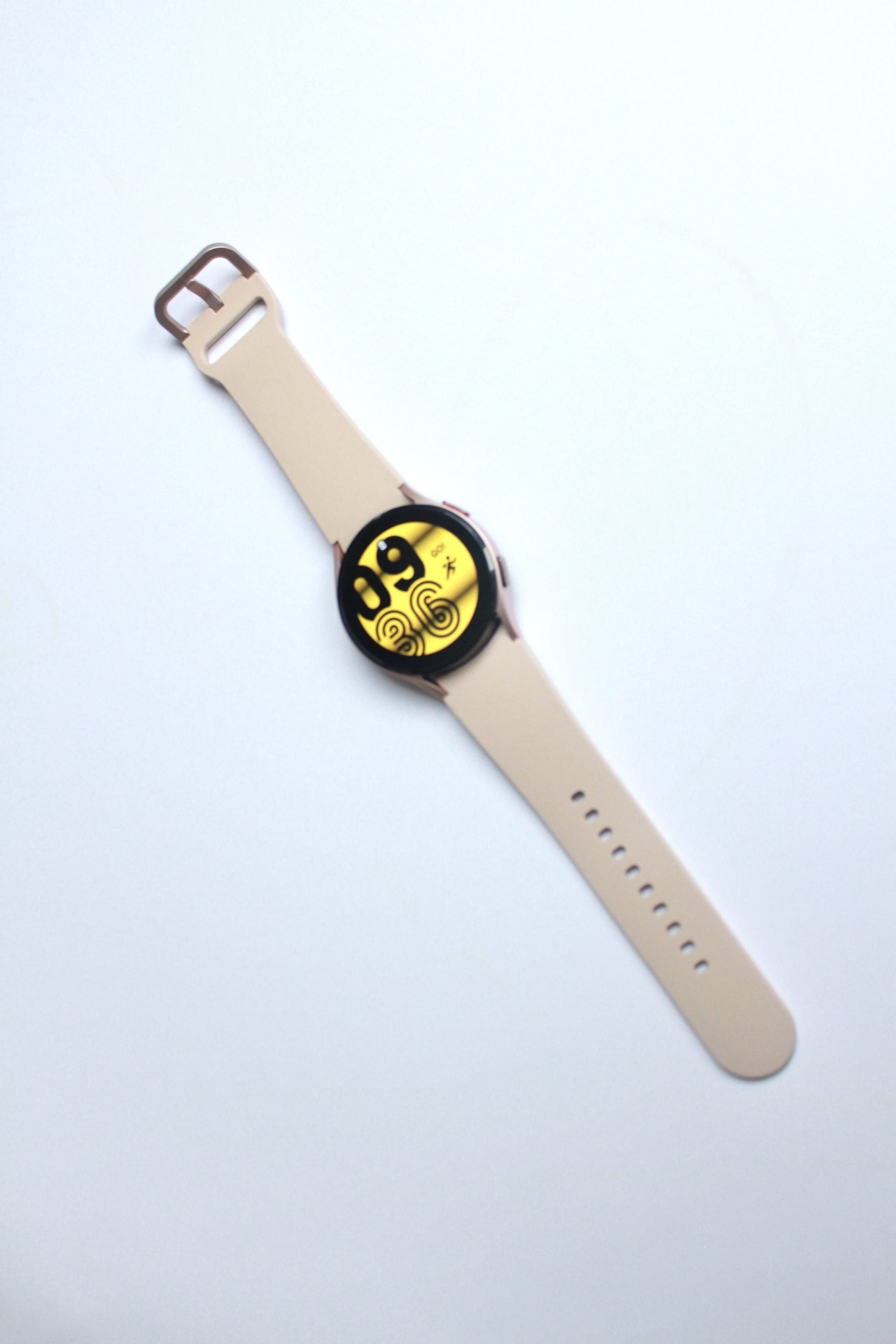 Galaxy Watch 4 wygląd paska i tarczy