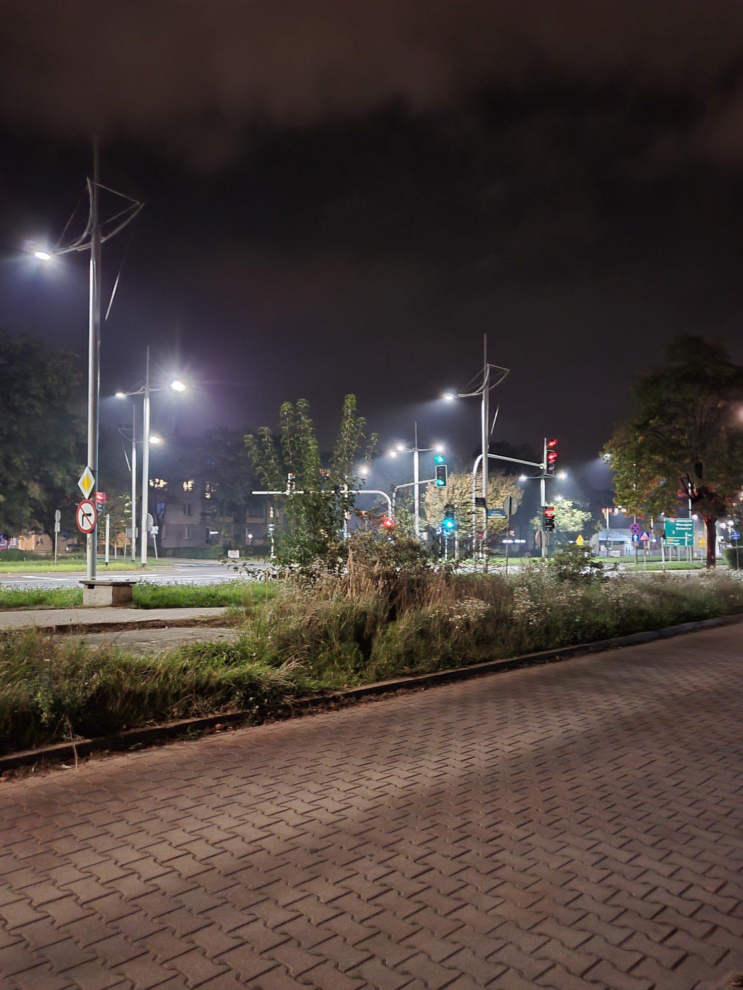 tryb zdjęć nocnych w z flip3