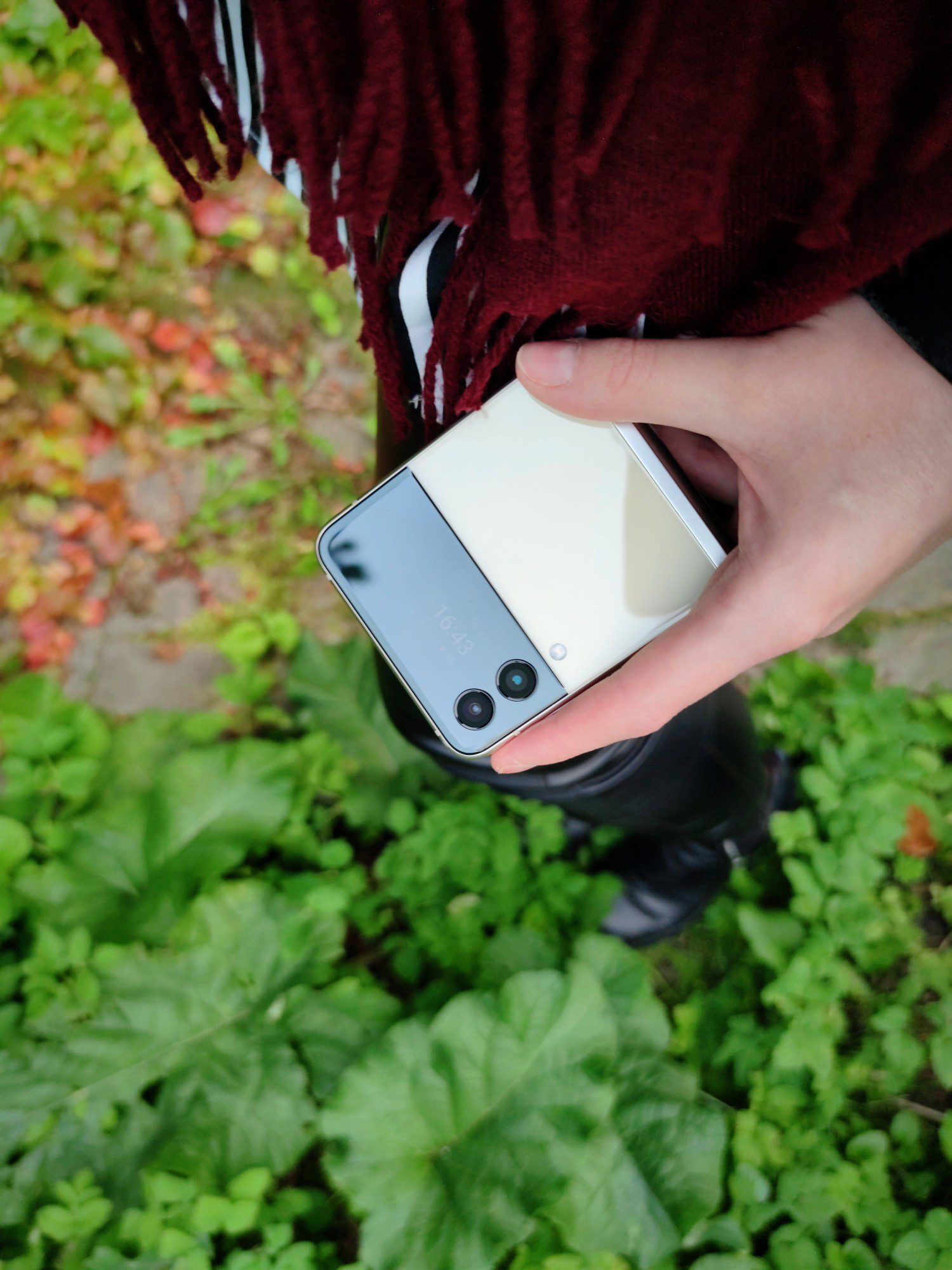 design składanego smartfona