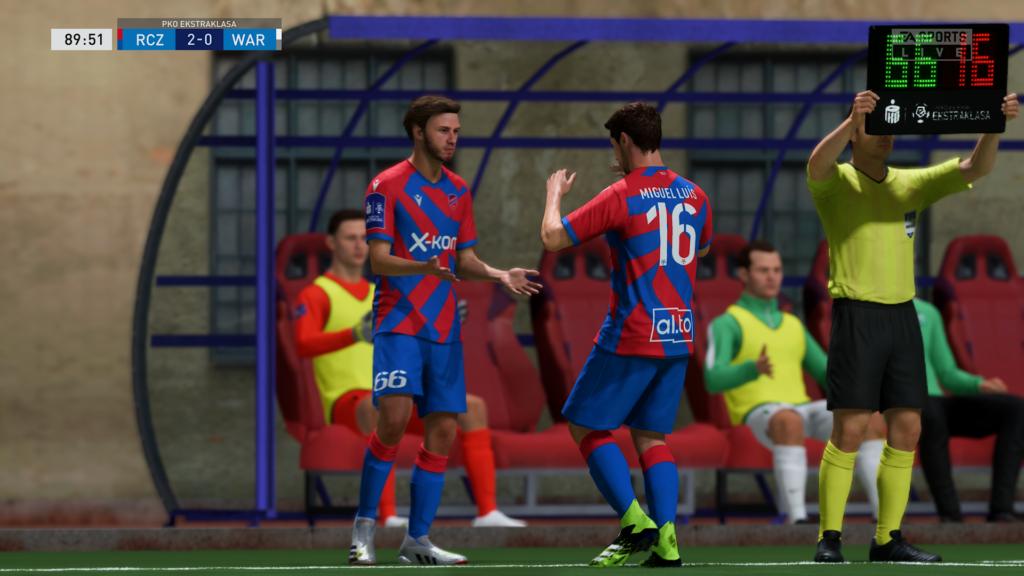 FIFA 22 XSX zmiana meczowa
