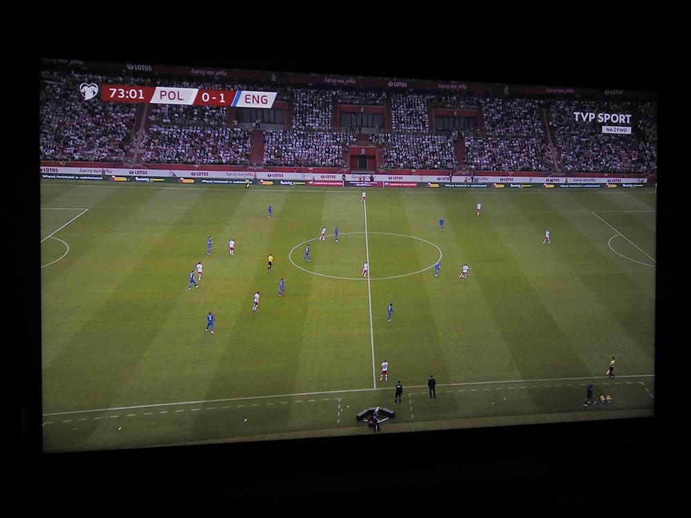 kadr z meczu na ekranie telewizora lg 50nano863pa