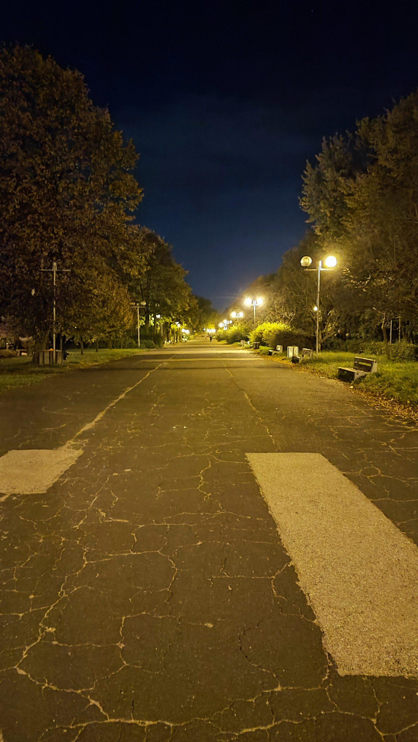 xiaomi 11t pro zdjęcie nocne drogi