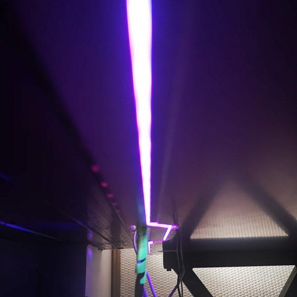 biurko dla gracza silver monkey gd-160 światło led fioletowe