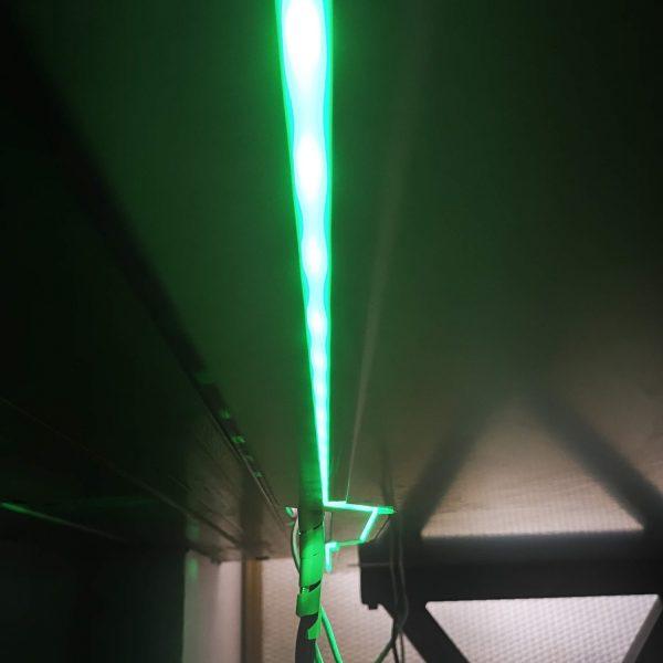 biurko dla gracza silver monkey gd-160 światło led zielone